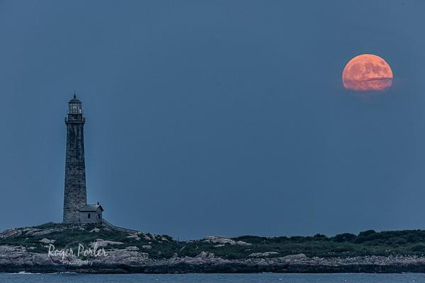 North_tower_and_tonight_s_full_moon_peaking_though_the_clouds_in_Rockport_MA_by_Roger_Porter_Photography_Rogerpp397_grande
