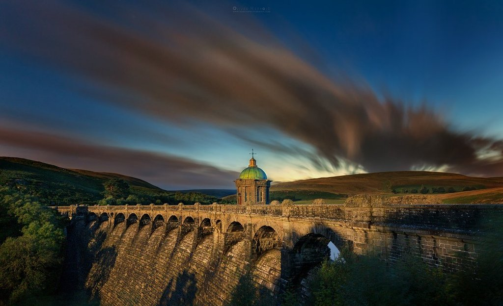 Craig_Goch_Dam_in_the_Moonlight_by_Oliver_Herbold_OHerbold_1024x1024