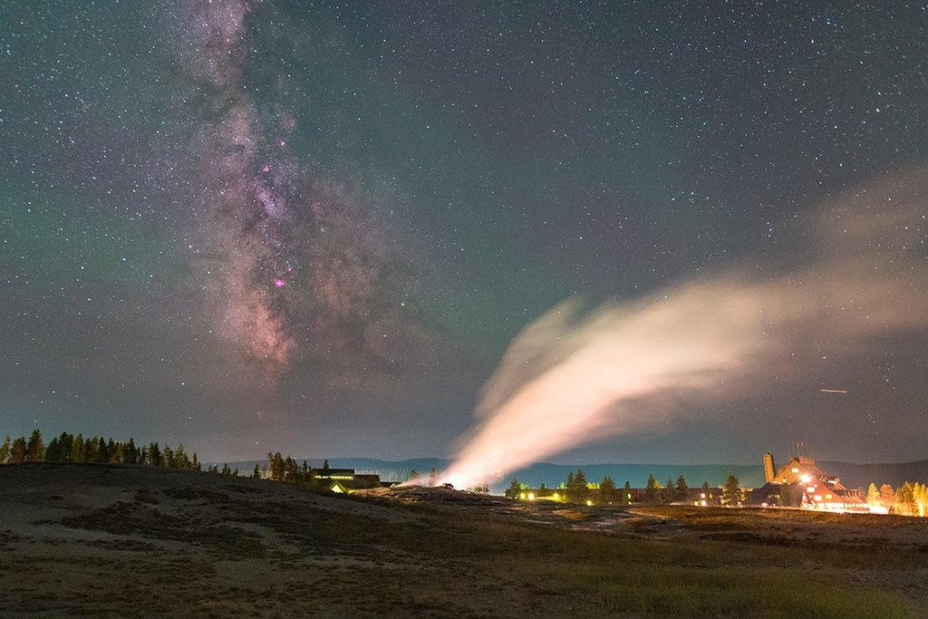 The_Milky_Way_and_Old_Faithful_in_Yellowstone_National_Park_by_Alex_Conu_AlexConu_1024x1024
