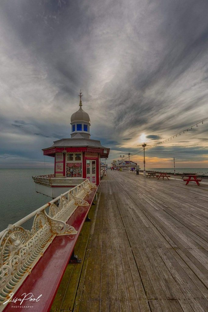North_pier_Blackpool_by_Lisa_poolphotography_artpool40_1024x1024