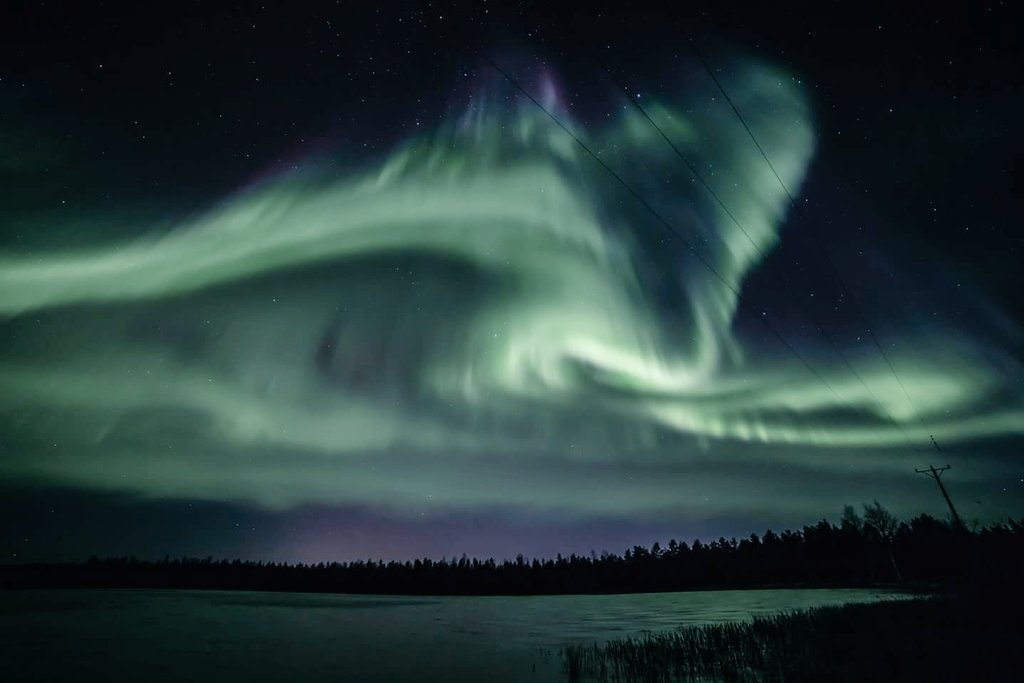 Northern_Lights_in_Lapland_by_Visit_Lapland_OurLapland_1024x1024