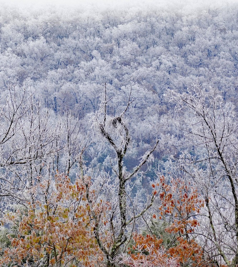Frosty_Mount_Magazine_in_Arkansas_by_dara_fazel_FazelDara_1024x1024