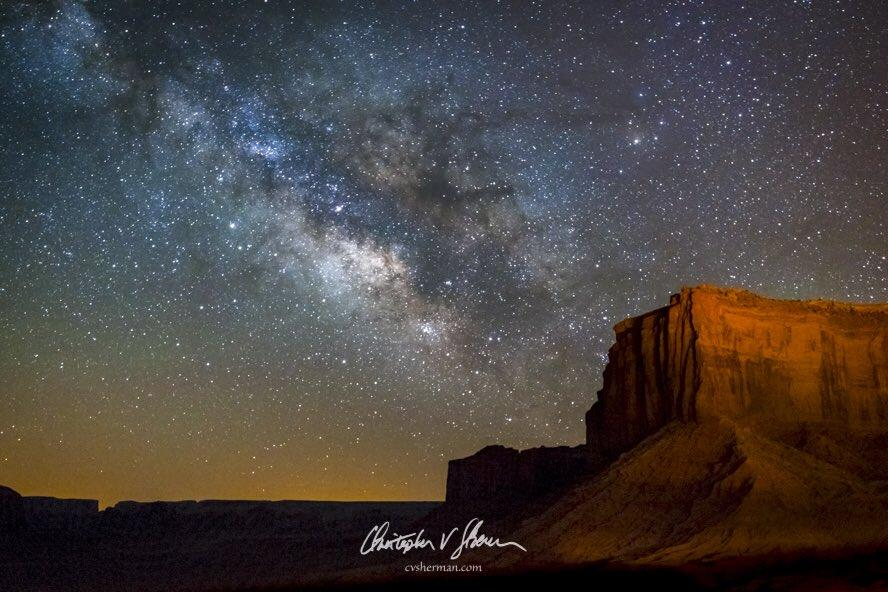 Milky_Way_at_Mitchell_Mesa_Monument_Valley_Arizona_by_Christopher_Sherman_cvsherman_1024x1024