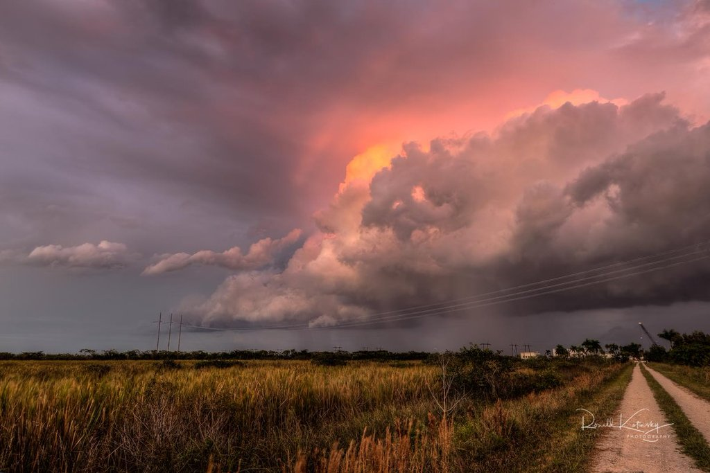 Storm_cloud_over_the_Everglades_by_Ronald_Kotinsky_rkotinsky_1024x1024
