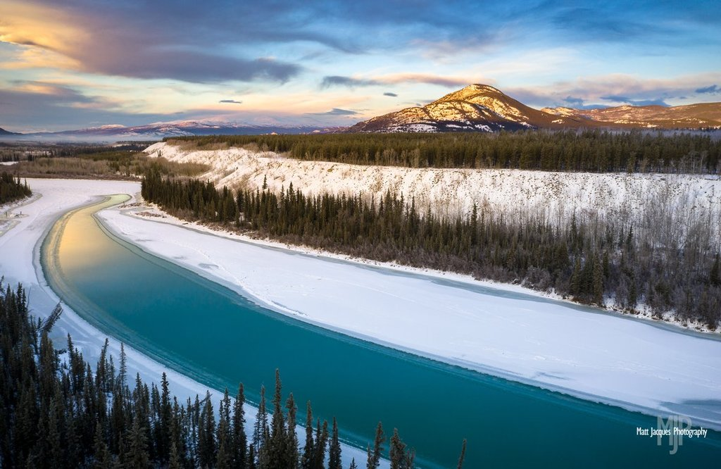 Yukon_s_Takhini_River_slowly_freezing_by_Matt_Jacques_MattJacques_1024x1024