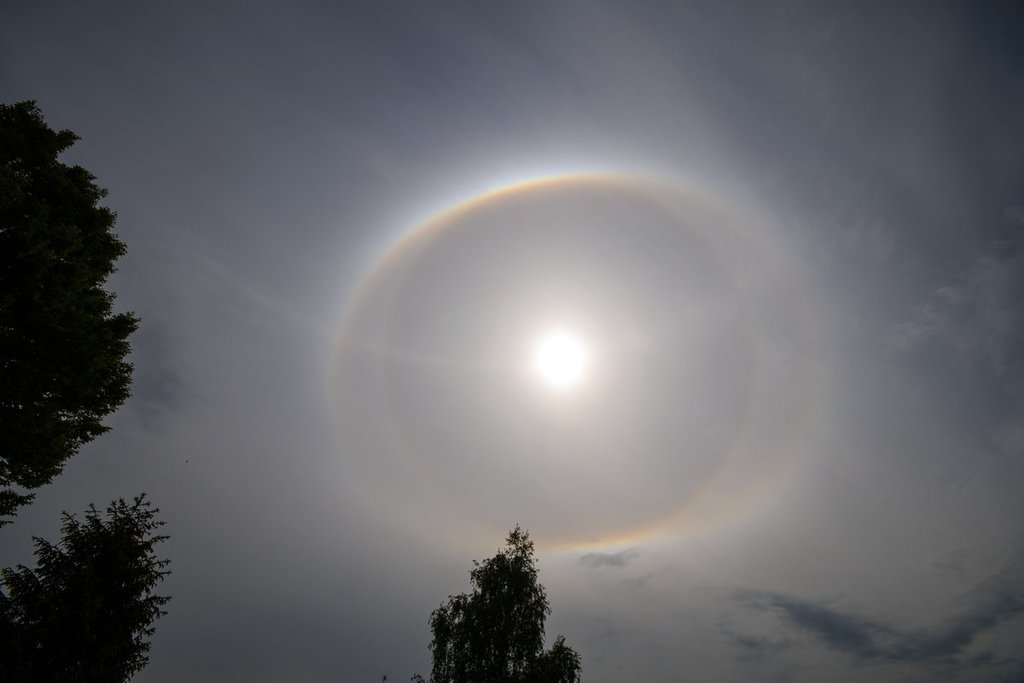 1st_Place_Double_Halo_with_Parhelic_ring_in_Netherlands_by_Glenn_Aoys_thesixthsense4u_1024x1024