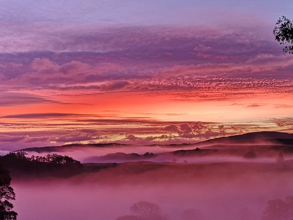 3rd_Place_A_beautiful_and_amazing_pre-sunrise_by_Jude_green_JUDITHM58257161_1024x1024