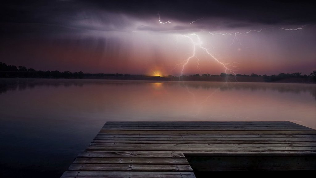 3rd_Place_Light_at_the_end_of_the_storm_by_Susan_Gaskey_suezyg23_1024x1024