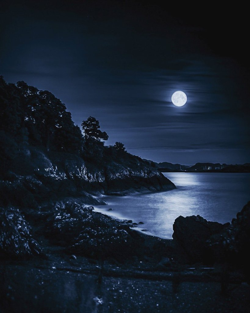 A_moonlit_bay_close_to_Dunollie_Castle_Oban_by_Nick_EdgingtonNick_1024x1024