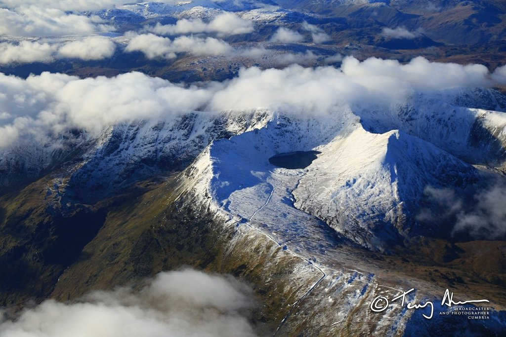 Helvellyn_-_England_s_3rd_Highest_peak_by_Terry_Abraham_terrybnd_1024x1024