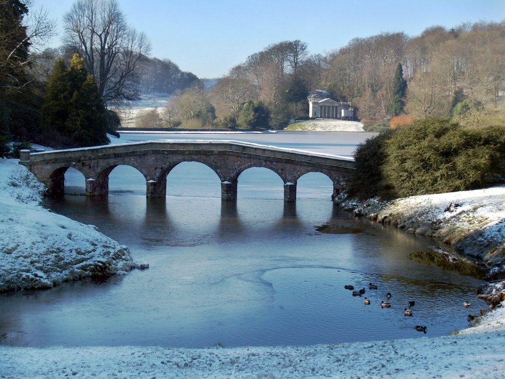 Stourhead_Wiltshire_by_Paul_Silvers_Cloud9weather1_1024x1024