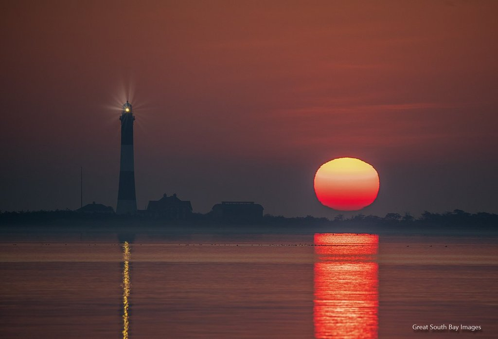 Sunrise_at_the_Fire_Island_Lighthouse_by_Mike_Busch_GSBImagesMBusch_1024x1024
