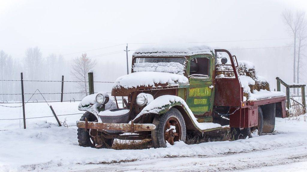 1st Place Leanne C @LC27LadyB Foggy mornings in Merritt, B.C. these days. Wanted to capture the snow on this oldtimer, before it melted