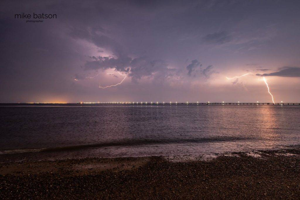 1st Place Lightning over Southend Pier by Mike Batson @mikebatson5d