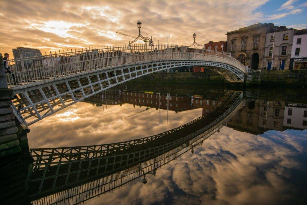 1st Place Morning at the Ha'Penny Bridge, River Liffey, Dublin by Paulphotos @paulcdaly