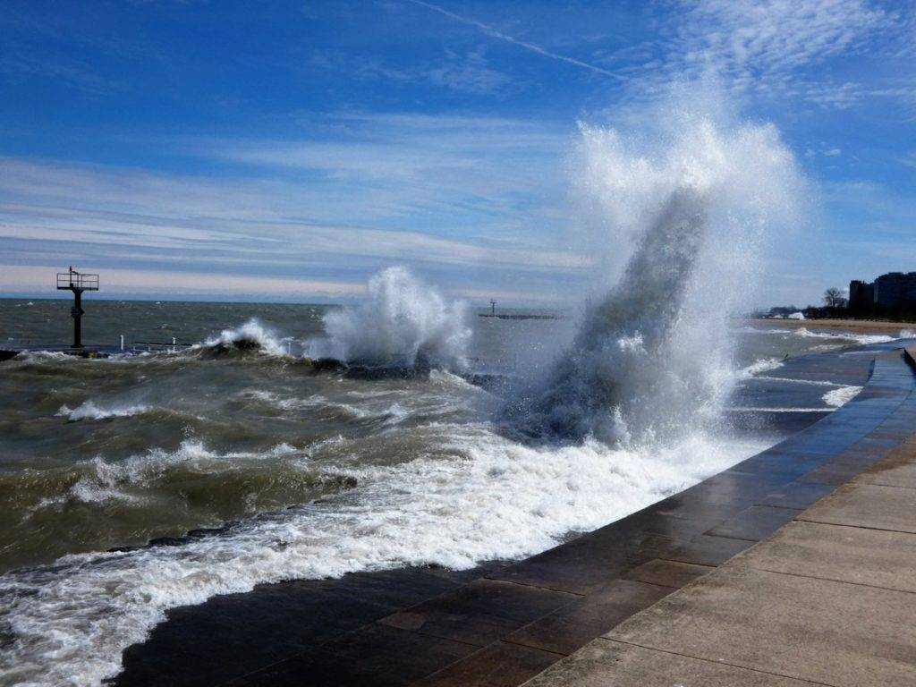 2nd Place Ana Sprague @anawanna1958 Powerful waves hit Chicago lakefront