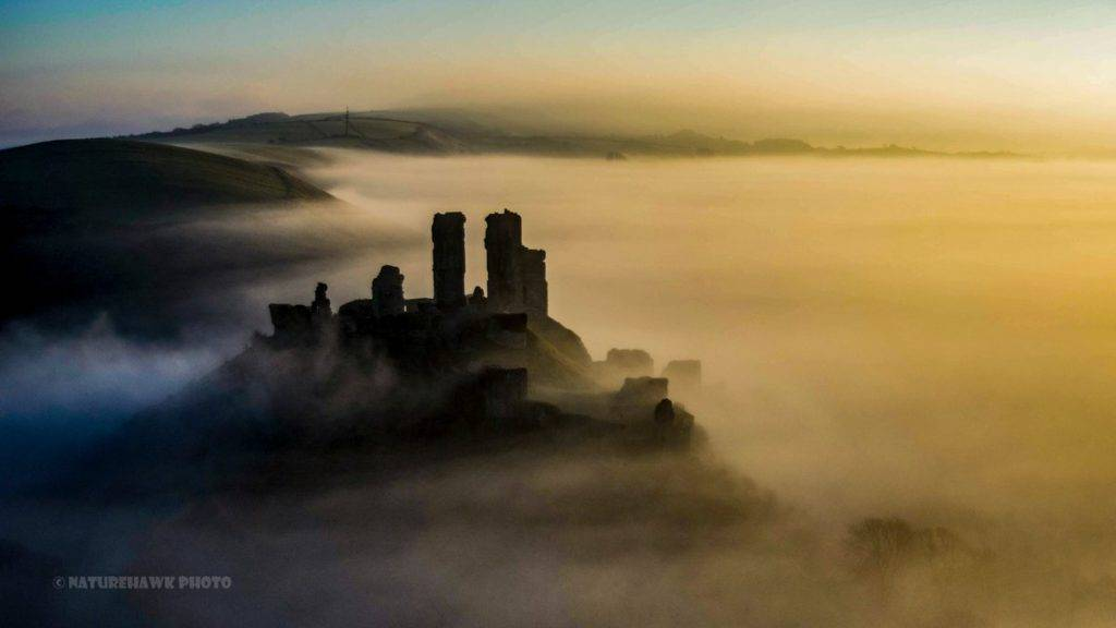 2nd Place Naturehawk Photo @NaturehawkPhoto Corfe Castle