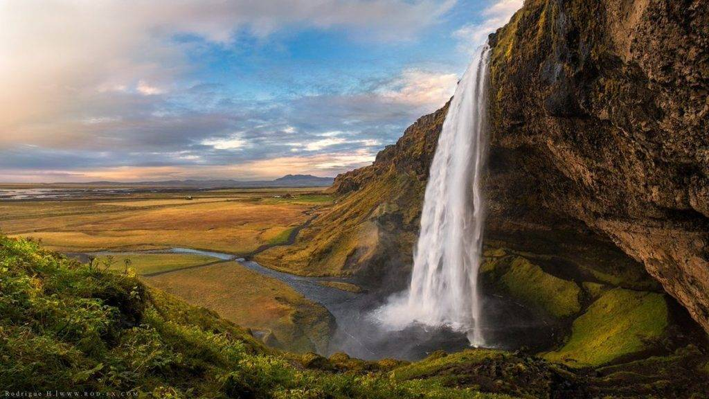 Amazing sunset at Seljalandsfoss