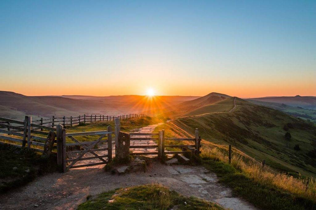3rd Place Nigel Smith @nightwo1f Another shot of Mam Tor at sunrise
