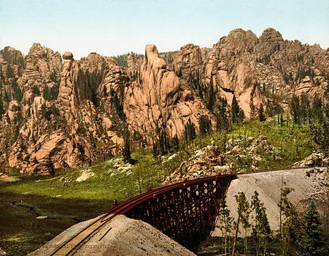 Cathedral_Park_Garden_of_the_Gods_Colorado_Springs_Colorado_1901_large