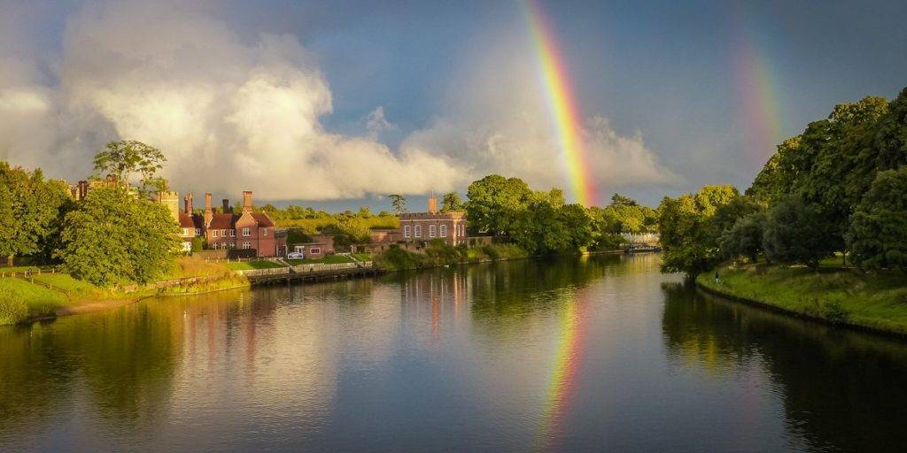 Double rainbow at Hampton Court by Stephen Darlington @sjdarlington