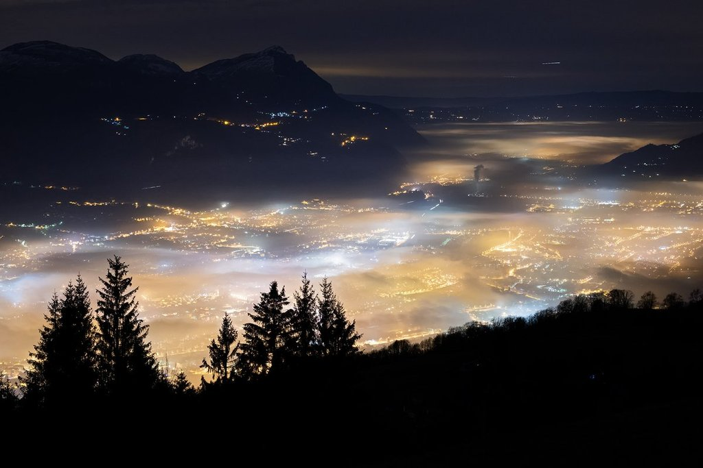 Fog_over_a_valley_in_the_French_Alps_by_Christophe_Suarez_suarezphoto_1024x1024
