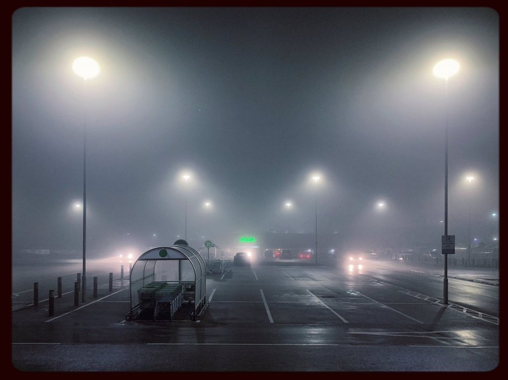 Mist_in_Manchester_by_Andrew_Brooks_AndrewPBrooks_1024x1024