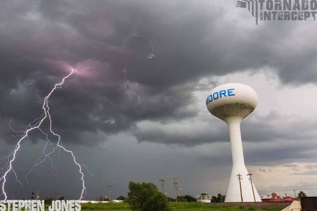 Summertime thunderstorms over the Tornado Capital of the World of Moore, OK by Stephen Jones @Tornado_Steejo