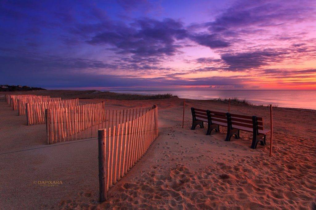 Sunrise at Nauset beach, Orleans, Massachusetts by Dapixara @dapixara