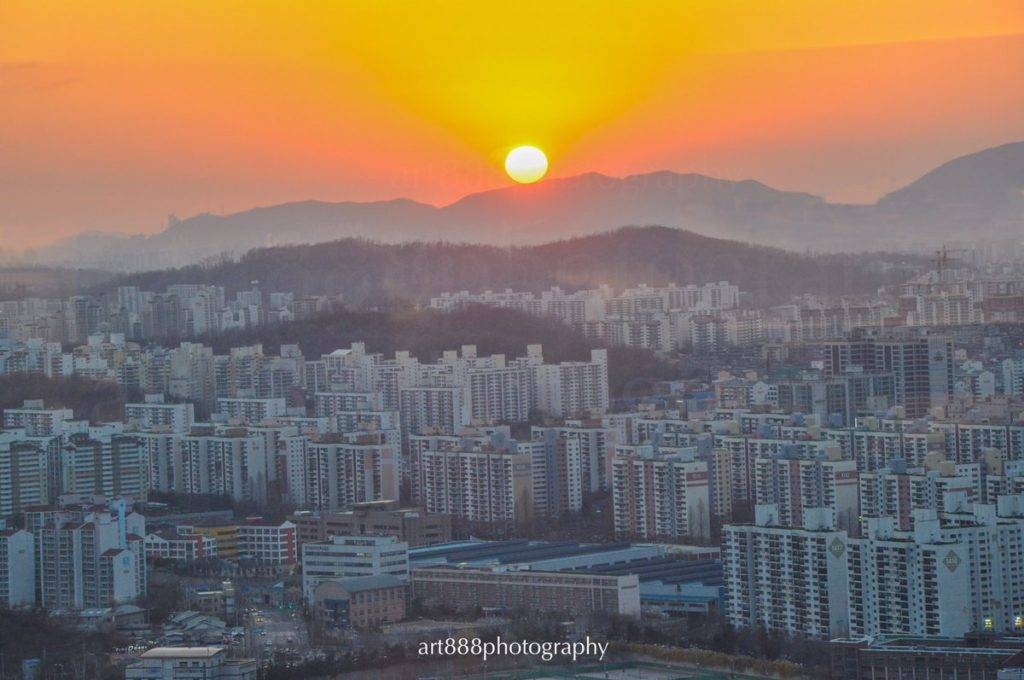 Sunset at Seoul, South Korea by Ar @ar_ar888