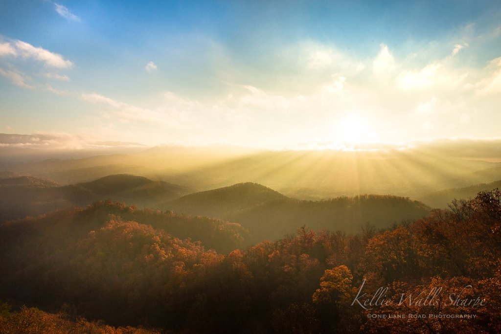 Sunshine_returns_to_East_Tennessee_and_the_Smokies_by_OneLaneRoadPhotography_OneLanePhoto_1024x1024