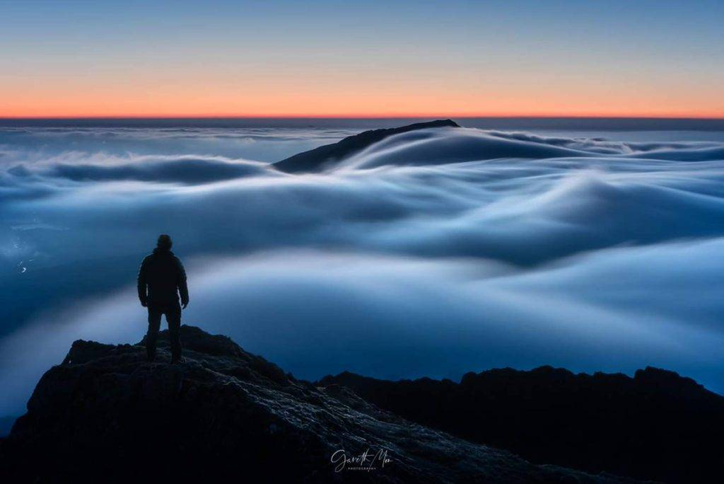 An amazing temperature inversion in Snowdonia by Gareth Mon Jones @gazmon1980