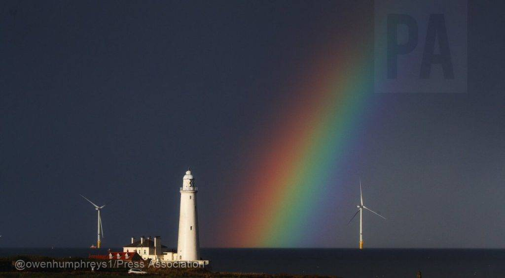 Rainbow captured for #NationalFindARainbowDay by Owen Humphreys @owenhumphreys1
