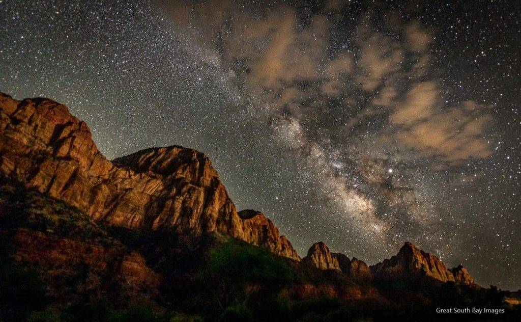 Milky Way over Zion National Park by Mike Busch/Greatsouthbayimages @GSBImagesMBusch