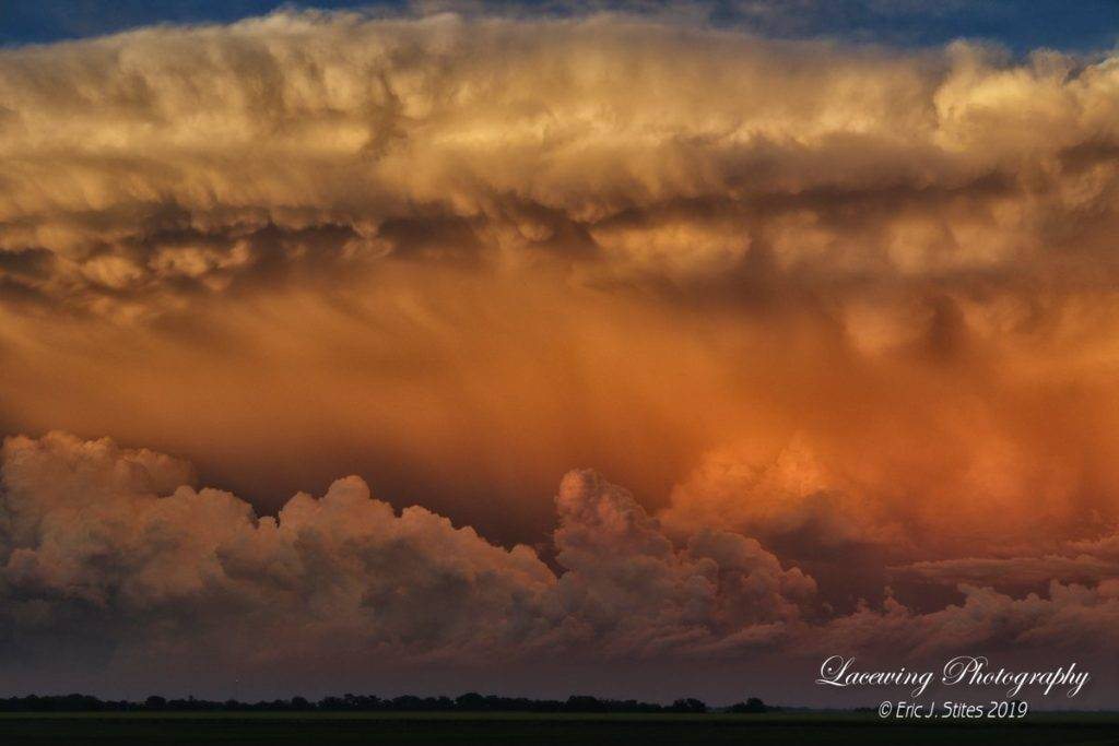 Sunset at Southern Harvey County, KS by Lacewing Photography @LacewingPhoto