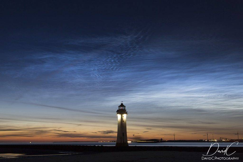 Perch Rock Lighthouse Noctilucent Clouds by DavidCPhotography @DChennellPhotos
