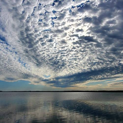 1st-Place-Beauty-in-the-sky!!!-Lake-Scugog,-ON-by-Debby-Lieto-@DebDeb0223