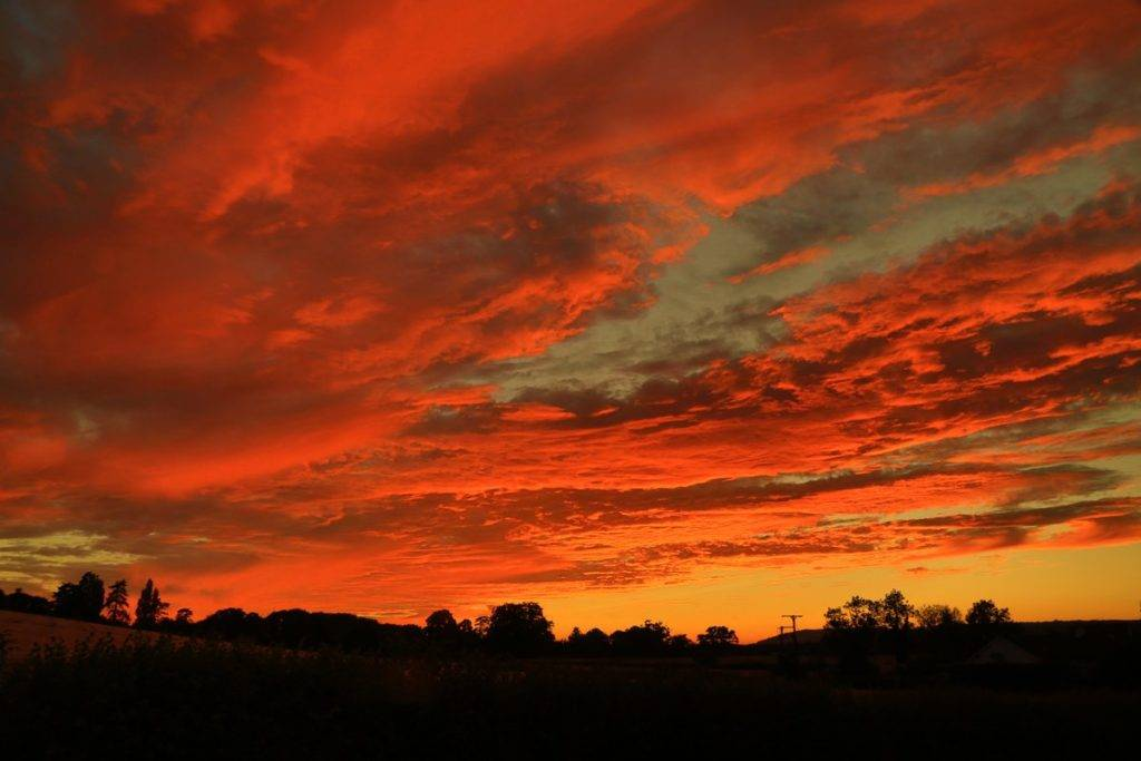 Incredible sunset - skies on fire by Paul Silvers @Cloud9weather1