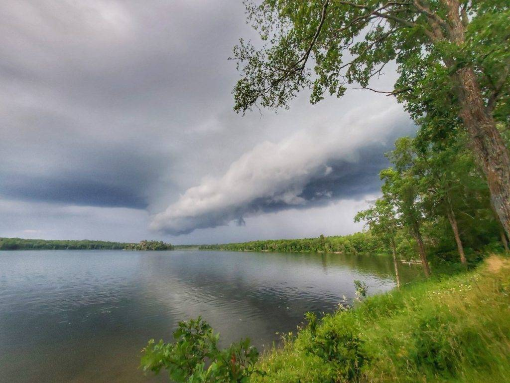 Storm clouds over Lake Hennepin by Sharyl Zeno @ZenoPhotog