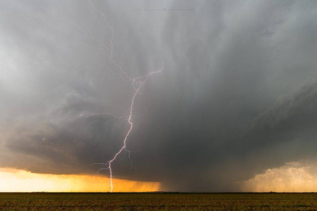 Supercell south of Lubbock by Mike Olbinski @MikeOlbinski