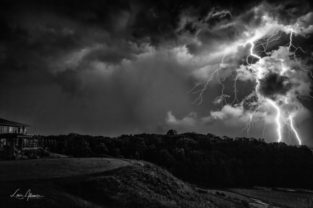 Lightning at Lookout Point G.C., at the top of the Niagara Escarpment by Louis Albanese @DrLouisAlbanese