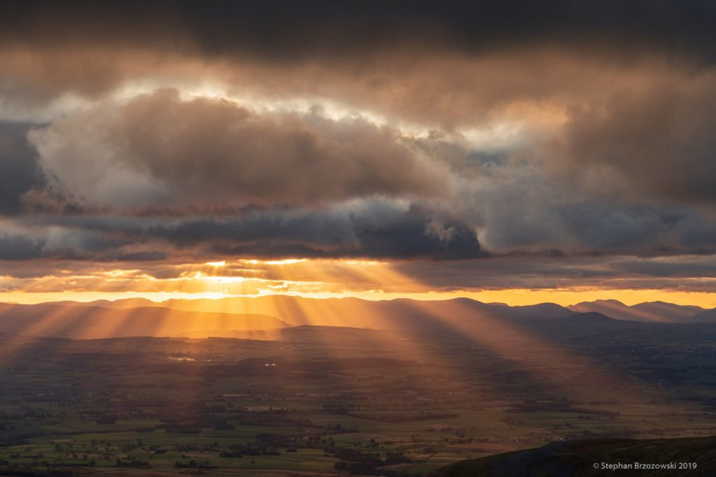 Crepuscular rays over the Eden Valley Cumbria by Stephan Brzozowski @stephanbrz