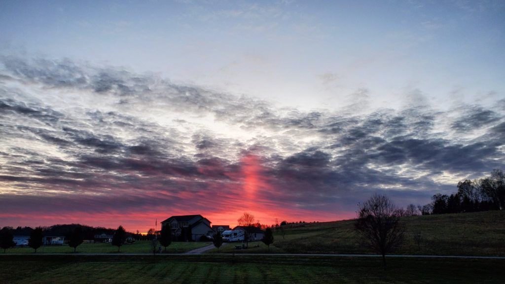 Sun pillar at Danielsville PA by Joe Herschman @JoeyHerschman