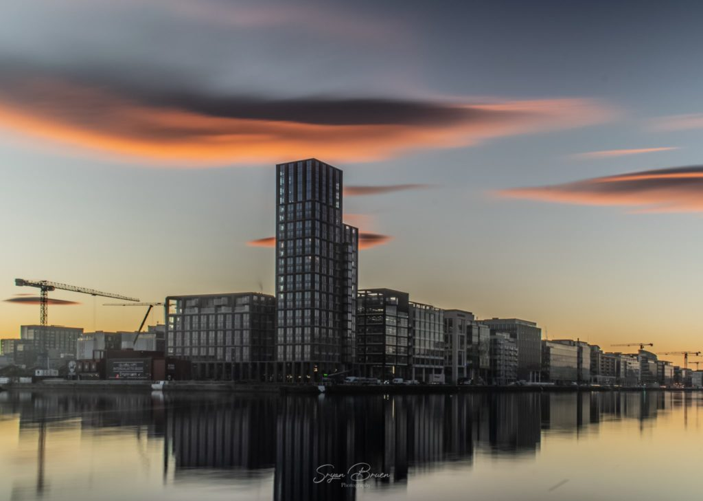 1st Place Red lenticular clouds and a calm sundown in Dublin City by Wx Photography @PhotographyWx
