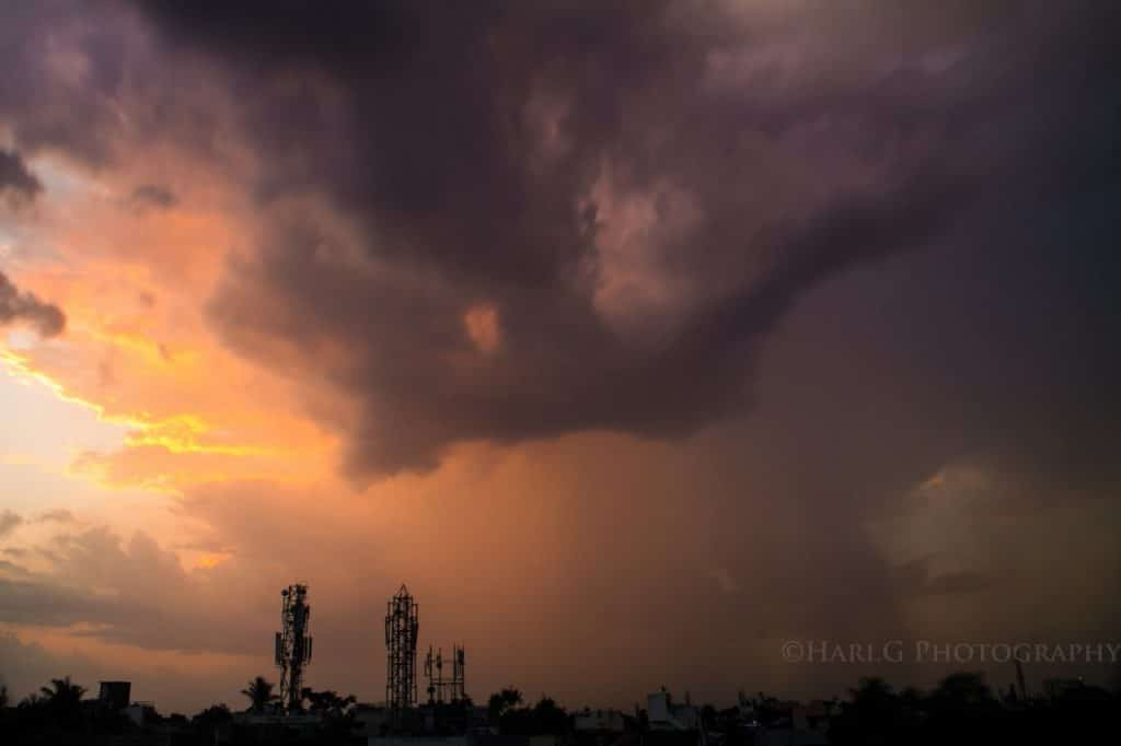 A rain shaft being illuminated by the sunset! Taken in Chennai by Hari_Photography @HariG_IN