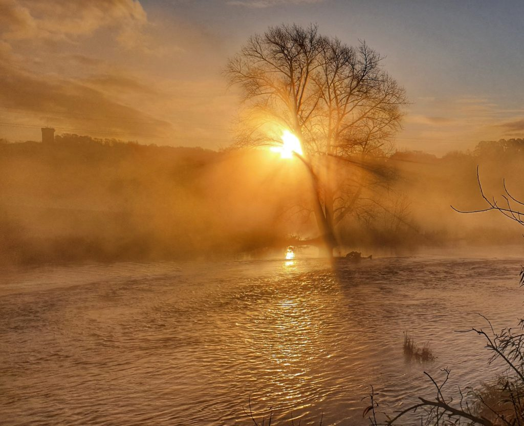 River Trent at sunrise, Staffordshire, UK by Paul B @WatchmanVimes