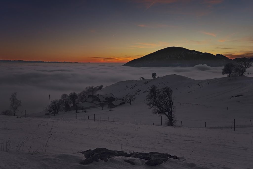 1st Place Winter sunset on the Oensinger Roggen in the Jura mountains in Switzerland by Wetter Ludwigsburg @lubuwetter