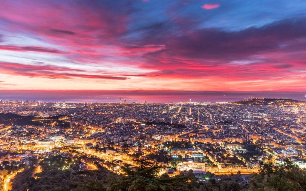 3rd Place Dawn over Barcelona from Fabra Observatory by Alfons Puertas @alfons_pc