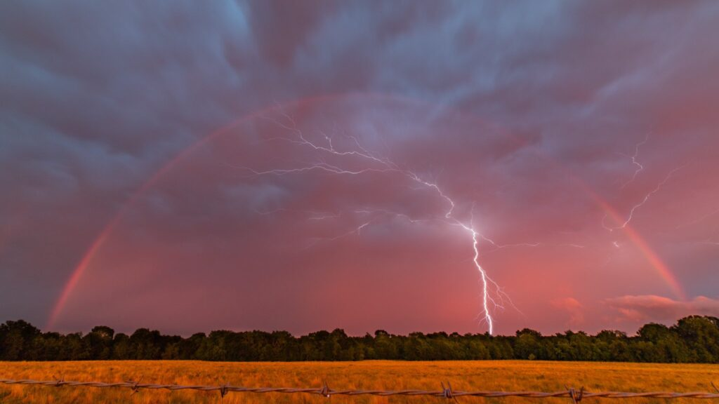 1st Place Lightning and Rainbow in Central Texas by Daniel Alva☈ez @TornadoManDan