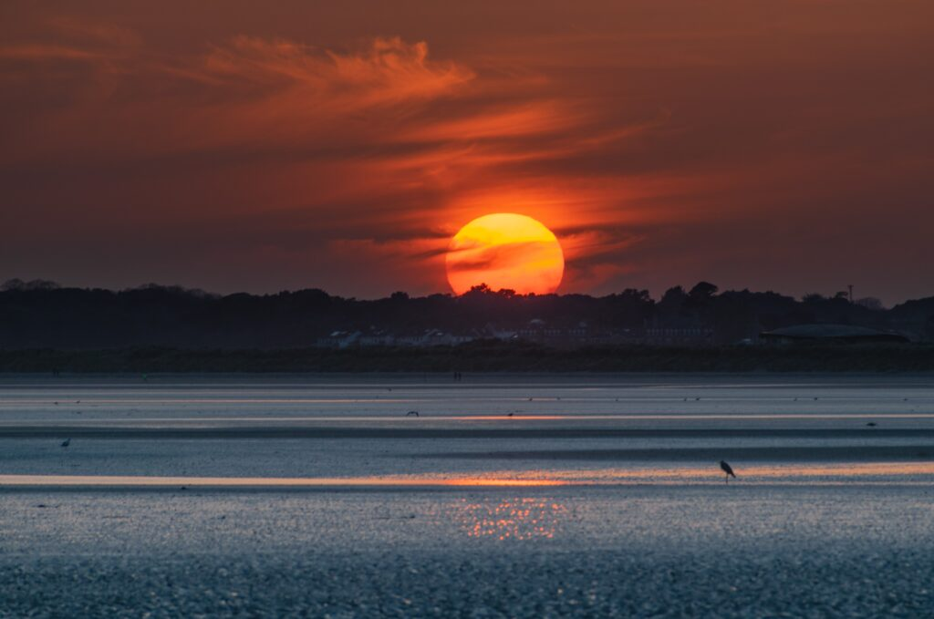 26 March 2020 red sun at Sutton Strand